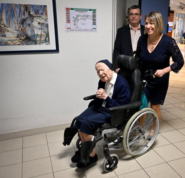 生於1904年的安德瑞修女目前住在南法土倫市的一家安養院。(GERARD JULIEN/AFP via Getty Images)