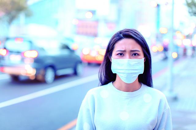 若能自我要求做到阿南德所說的四種人,再配合臺灣得天獨厚的環境,相信很快就能擺脫病毒的糾纏,走出疫情的陰影。(123RF)