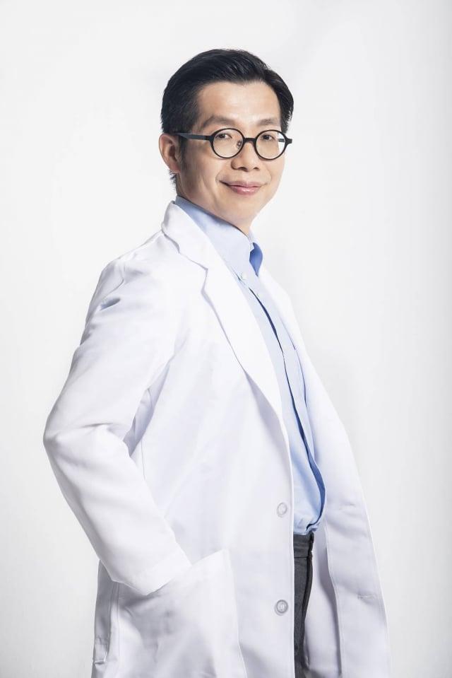 行健骨科診所院長朱家宏醫師。(A.S.O阿瘦集團提供)