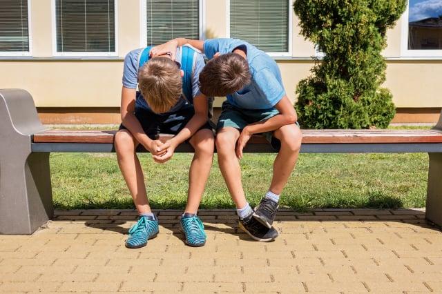 研究表明,青少年的同理心不是被教育出來的,而是在有安全感的環境中,受到潛移默化的影響養成的。(Shutterstock)