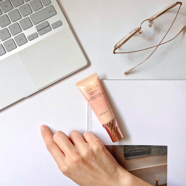CC霜著重於膚色的調控,旨在打造適合每個人的理想肌色為目標。(COVERMARK提供)