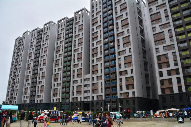 圖為林口世大運社會住宅外觀。(中央社)