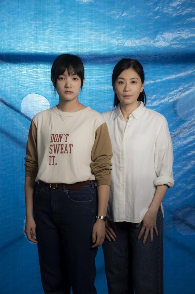 賈靜雯(右)與王淨(左)過招演技,吸引網友熱烈討論。(華映娛樂提供)