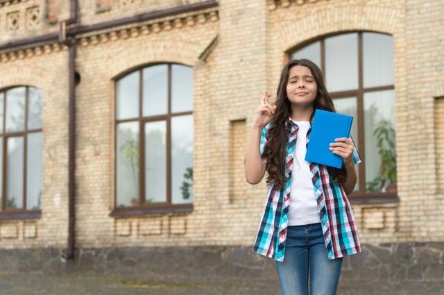 「我從小就只有一個願望:上大學。三十年前,我已經達成我的夢想了!」(Shutterstock)