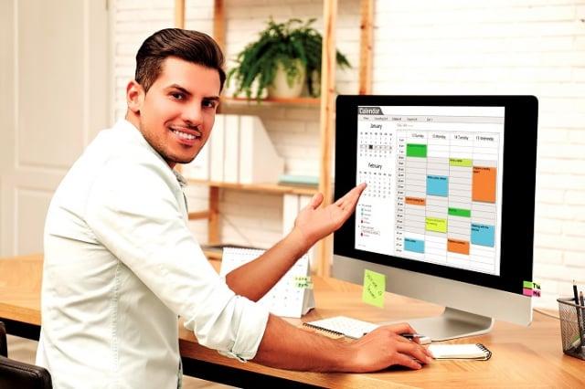 逐步增加工作量和生活緊湊度,才不會因為過度期待讓自己有更多壓力和感到挫折。(Shutterstock)