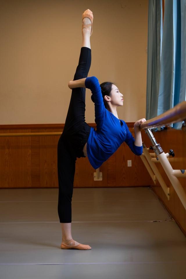 來自紐約飛天大學的第九屆全世界中國古典舞大賽參賽選手林安琪(戴兵/大紀元)
