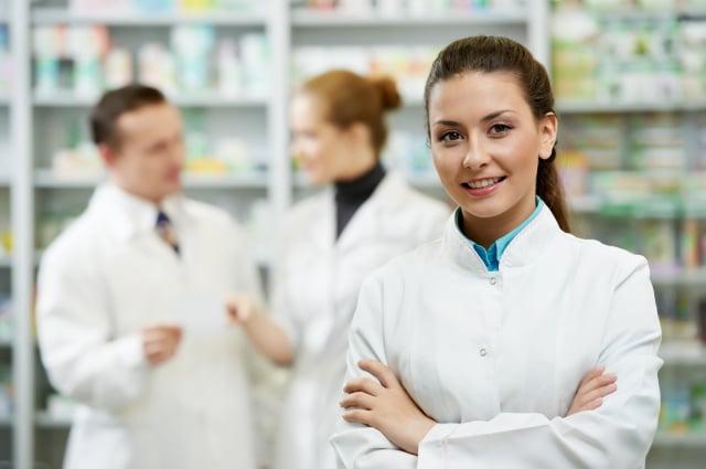 用藥相關問題,可以諮詢藥師。(Fotolia)