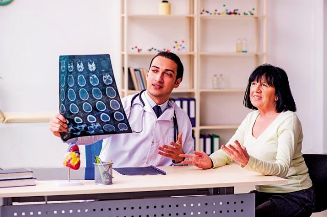 腦下垂體腫瘤是來自腦下垂體的所有腫瘤,約占所有腦瘤的10~15%,發病原因不明,好發於成年人,其中以「泌乳激素腫瘤」最常見。(Shutterstock)