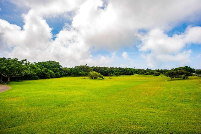 墾丁社頂自然公園草坪。(交通部觀光局提供)