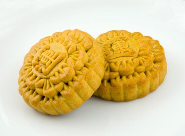 企業送禮偏好前五名依序為:31%傳統月餅禮盒、26.8%文旦(柚子)、24.9%鳳梨酥或蛋黃酥、18.5%甜點餅乾禮盒,以及16%綜合水果禮盒。(Pixabay)