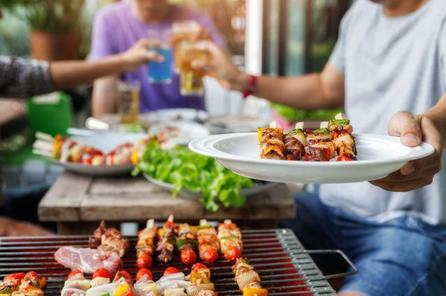 如何維持體態健康吃,是許多現代人關注的話題。(葡萄王生技提供)