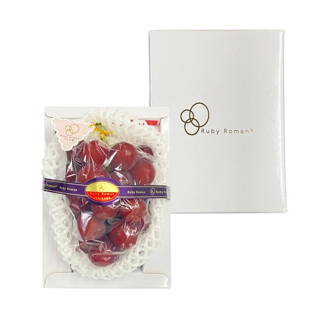 微風超市引進「葡萄界的愛瑪仕」石川羅馬紅寶石葡萄。