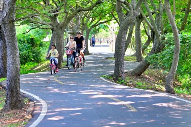 台中市推出全國知名的清水、潭雅神綠園道、東豐綠廊和后豐等4條自行車道。(台中市政府提供)