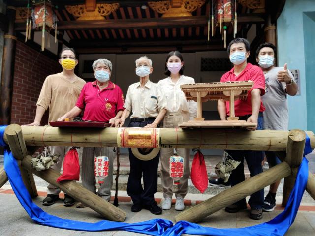 集雅軒文物展及超越一甲子的世代技藝-雲林大木匠師展。(北港集雅軒提供)